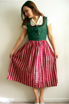 Hearts on my skirt Vintage DIRNDL Dress