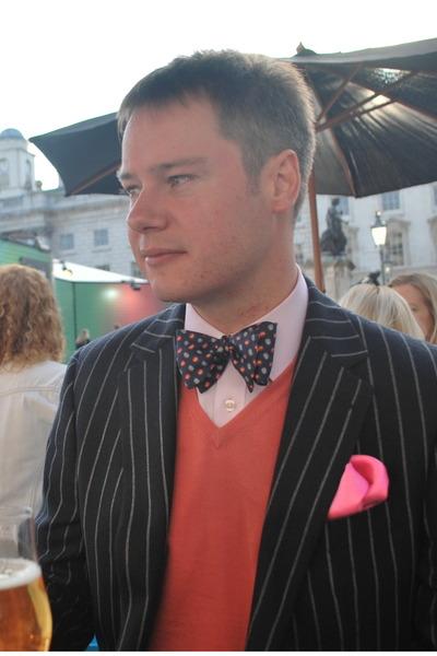 navy paisley pattern Brooks Bros tie - navy T M Lewin blazer