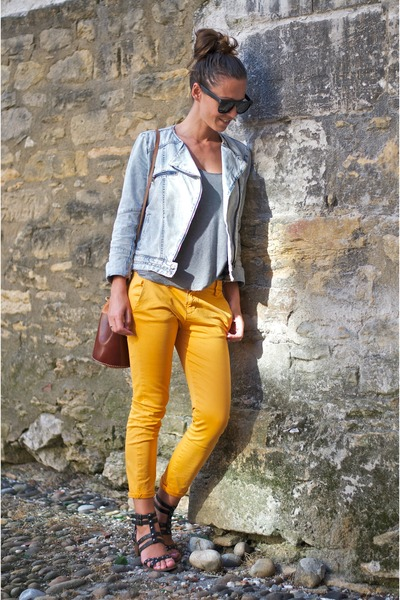 mustard Zara pants - light blue denim jacket Zara jacket - brown Market bag