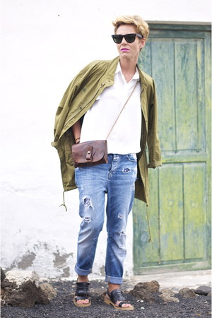 olive green Zara coat - blue Closed jeans - white Mango shirt