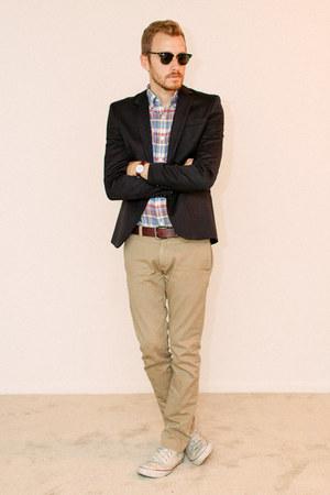 J Crew pants - Converse shoes - H&M blazer - Ray Ban sunglasses