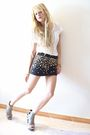 Black-d-g-skirt-white-pull-bear-t-shirt