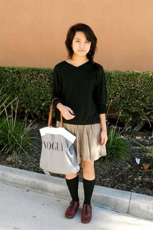 Target skirt - UO shoes - vintage sweater - Brandy & Melville bag