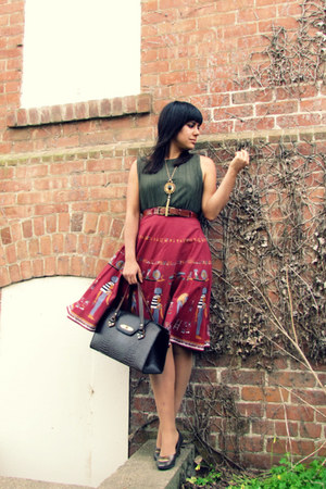 green thrifted shirt - olive green vintage heels - maroon vintage skirt - gold v