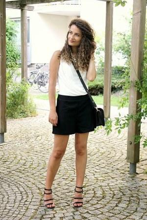 black Forever 21 bag - white black and white Wal G bodysuit - black Zara sandals