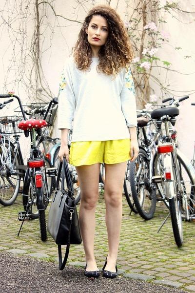 yellow Zara shorts - black H&M bag - black H&M flats