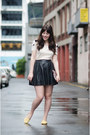 White-cat-pepa-loves-t-shirt-black-leather-muubaa-skirt
