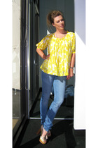 yellow See by Chloe blouse - beige por la victoire shoes - blue J Brand jeans