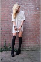 beige vintage top - black jeffrey cambell shoes - black cheap store zeeman stock