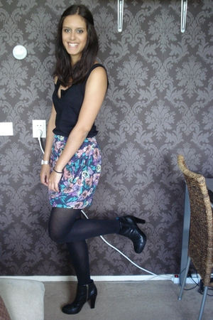 H&M top - Primark skirt - H&M shoes