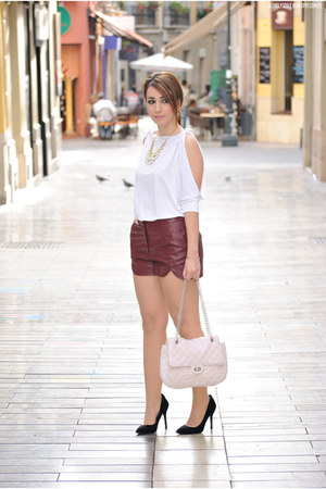 PERSUNMALL necklace - BLANCO bag - Lulus shorts - Atmosphere heels