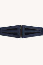 Cut-out waist belt