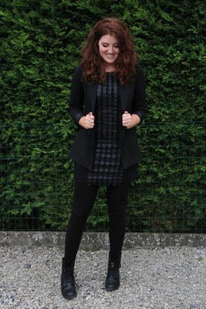 black Bershka blazer - black vintage boots - black ZEB dress