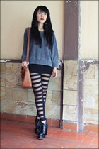 black boots - gray Zara sweater - black leggings - yellow Zara earrings