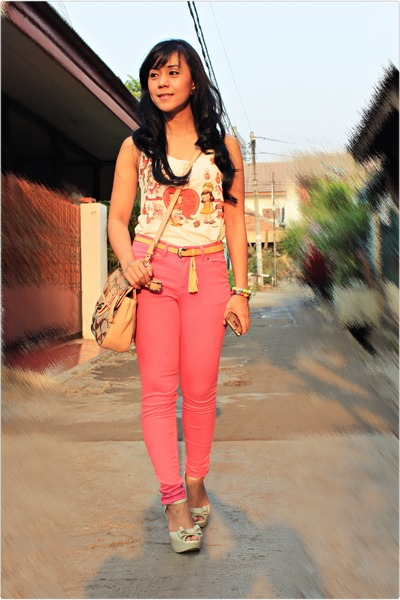 eggshell coach bag - pink denim Zara pants