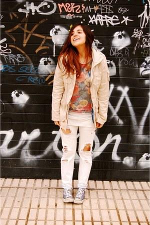 H&M t-shirt - hakei jeans - H&M jacket - Stradivarius jumper - Converse sneakers
