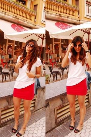 dark brown camper wedges - nude Mango sunglasses - red H&M skirt