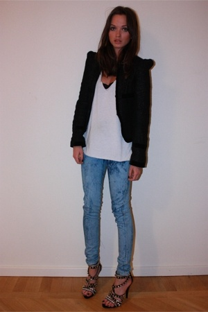 jacket - top - jeans - shoes