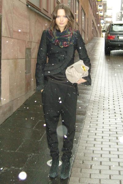 black Zara pants - black vintage jacket