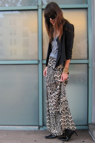 black tribal print Audrey pants - heather gray tank American Apparel top