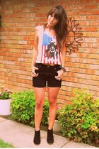 ivory band tank Forever 21 top - black ankle Dolce Vita boots