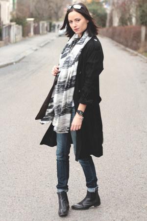 black Topshop coat - white pieces scarf