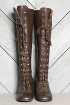 Lucky-vintage-boots