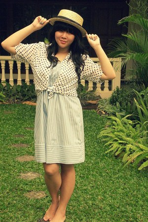light blue stripes tom tailor casual dress - bronze straw hat hat - ivory polkad