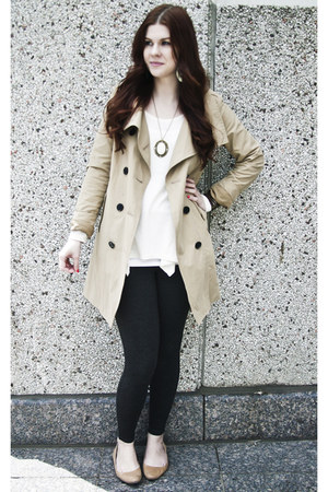 white Ardene necklace - beige Gap coat - white Majora top