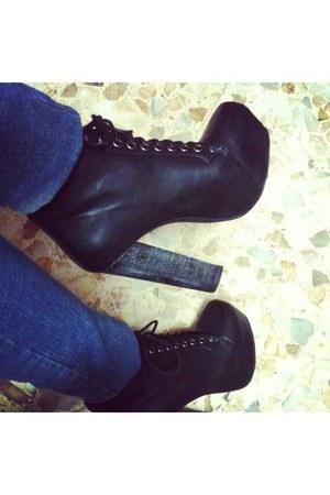 black pelle cinti heels