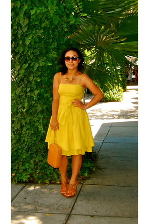 brown heels Jessica Simpson shoes - yellow summer dress Forever 21 dress
