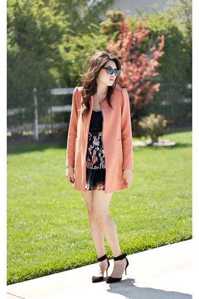 peach Zara coat - black cat eye sunglasses - black 3d floral Topshop blouse