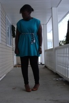 t-shirt - lo acessories belt - American Apparel tights - joe fresh style shoes