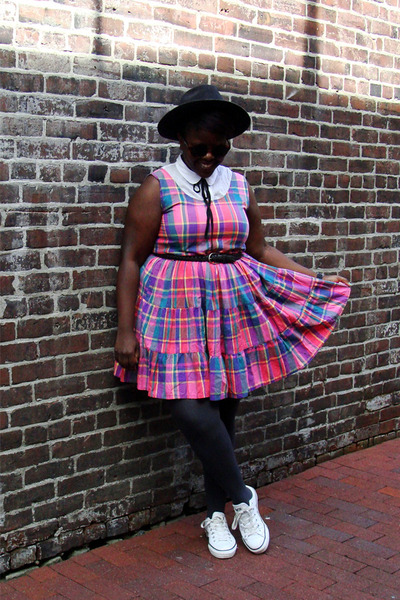 bubble gum madras plaid La Chateau vintage dress - dark gray felt Fedora hat