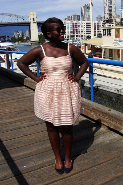 pink H&M dress - black Forever 21 shoes - brown sunglasses