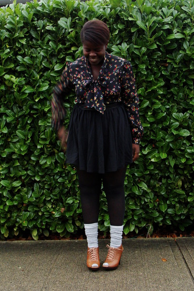 black blouse - black Old Navy skirt - tawny Aldo shoes