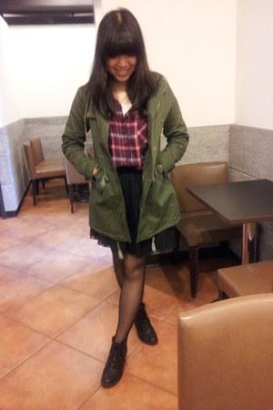 olive green khaki jacket - black retro boots Taobao boots - maroon H&M shirt