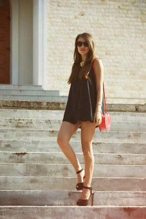 black Zara shoes - salmon Vero Moda bag - black Zara top - black H&M glasses