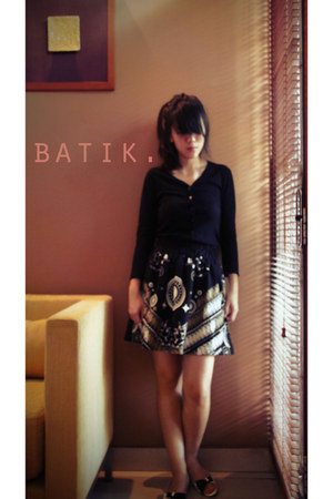 Damn i love Indonesia skirt - Zara cardigan - Charles & Keith flats