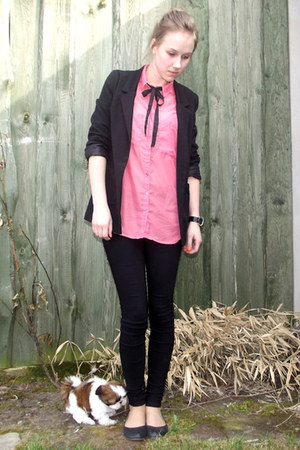 black jacket - bubble gum shirt - black pants