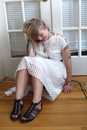black sam edelman shoes - white vintage from Mars in Berkeley dress
