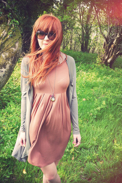 burnt orange asos dress - camel cardigan - orange ilovecutiepie necklace