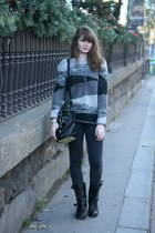 charcoal gray Derhy sweater - black biker boots Les Tropeziennes boots