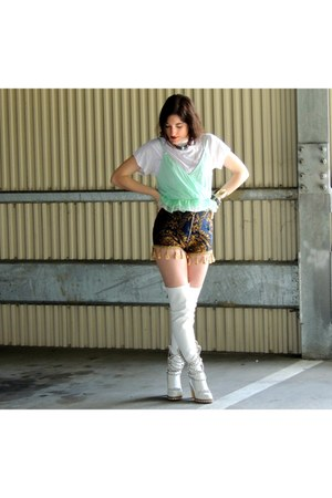 Jessica Buurman boots - Miracle Eye shorts - Urban Outfitters top