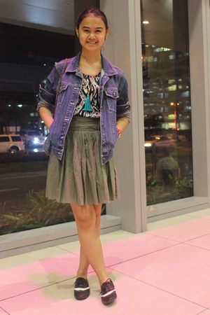 navy denim thrifted jacket - black oxfords flats - dark green skirt