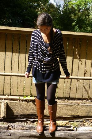 H&M sweater - Forever 21 shorts - H&M tights - Steve Maddenn boots