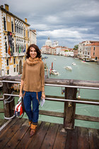 pockets Zara blouse - pull&bear boots - pull&bear jeans - pull&bear scarf