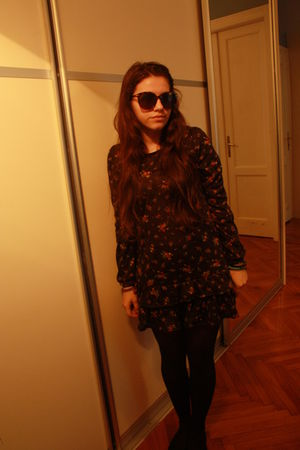 black new look dress - brown Topshop sunglasses