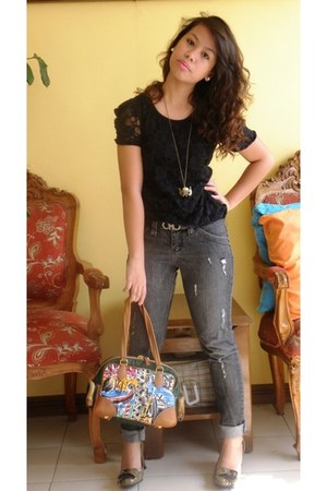 black denim jeans Bobson jeans - dark green handbag Prada bag - black lace top B