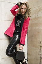 black Les Chiffoniers leggings - hot pink Zara blazer - dark gray Uterque bag -